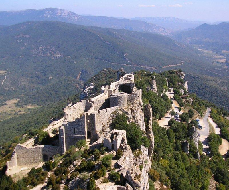 .. and Chateau de Peyreperteuse.....
