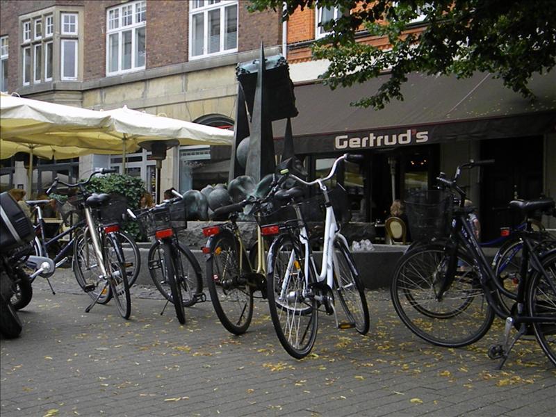 Bicicle, parking