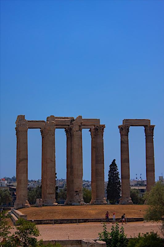 Ναός του Ολυμπίου Διός (Naos tou Olimpiou Dios, The Temple of Olympian Zeus, also known as the Olympieion)