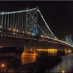 the Ben Franklin Bridge at night