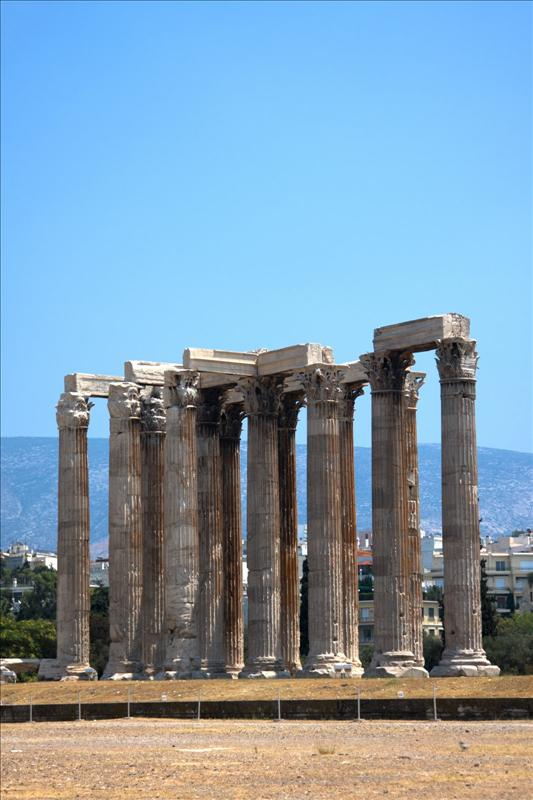 Ναός του Ολυμπίου Διός (Naos tou Olimpiou Dios, The Temple of Olympian Zeus, also known as the Olympieion)