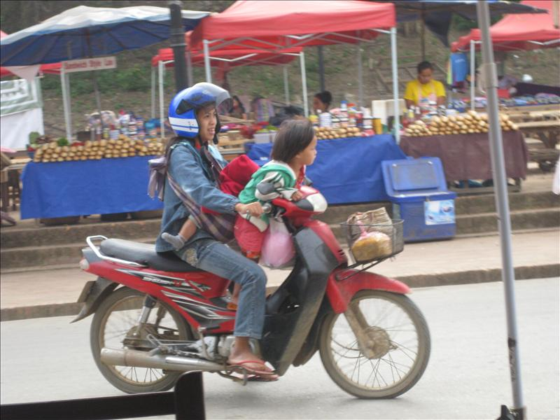 Traffic safety on mopeds is highly enforced