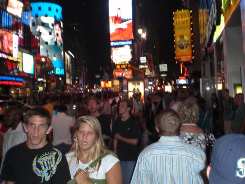 Times Square, waar het altijd, maar dan ook altijd druk is