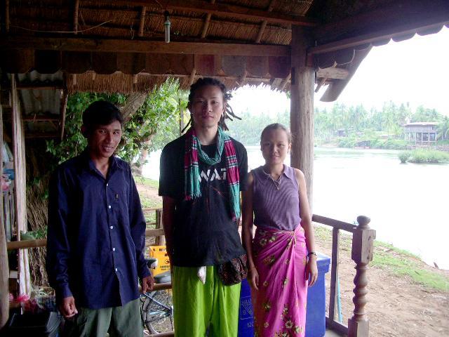 Von & Pingpong (Laos)
