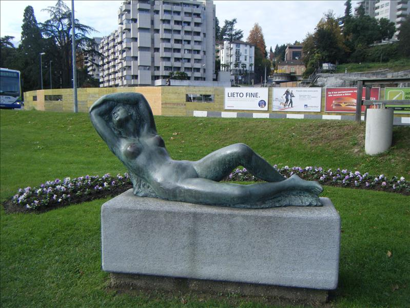 it wouldn't be a european city without a naked statue!