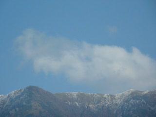 從奧萬大吊橋上看梅峰.MOV