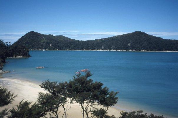 ABEL TASMAN NATIONAL PARK, SI - FEB 2004