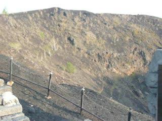 五大連池火山口.MOV