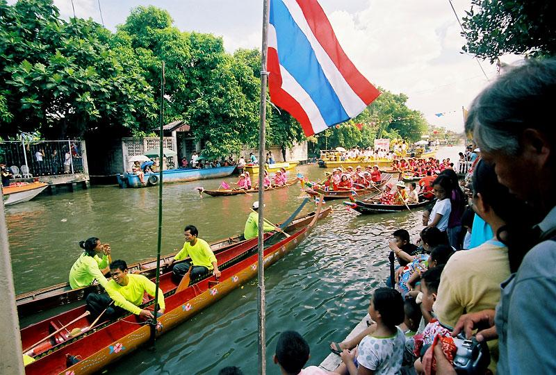 regatta in Wat Bang Khun Tian (Kang)