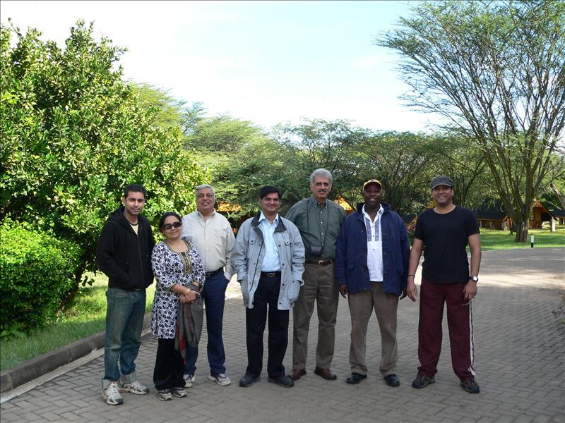Noah's Ark - Abhi, Mrs. Mr, Jhelani, Manoj, Farukh, Noah, Mukesh