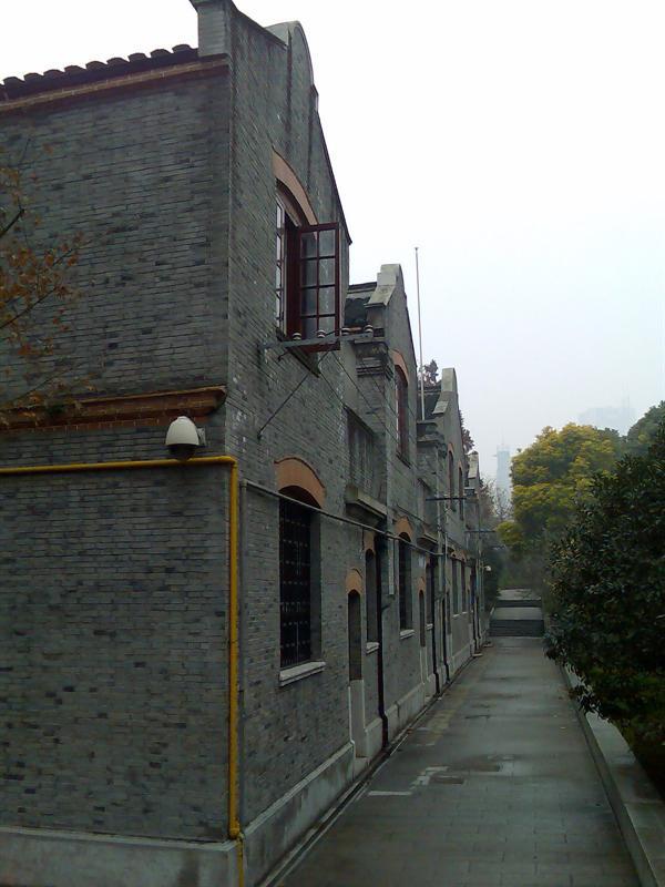 中共二大会址(石库门风格的典型建筑)