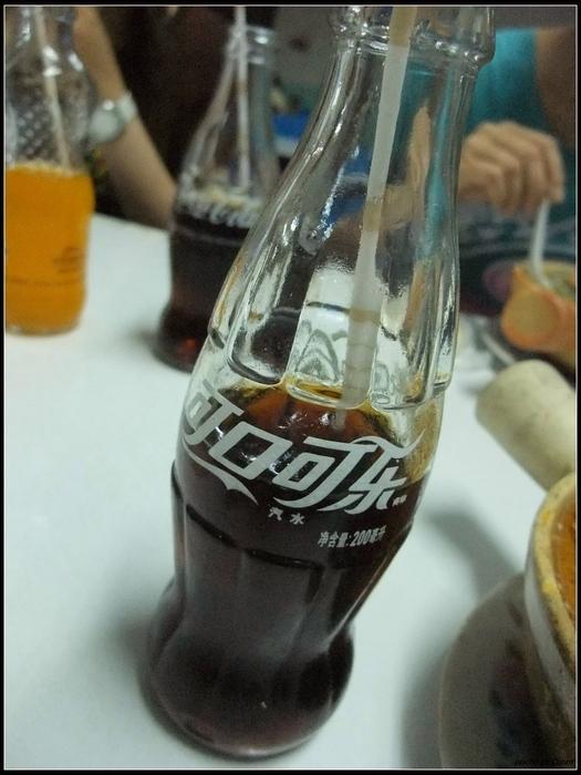 可口可樂每餐必備,玻璃瓶裝一罐1RMB