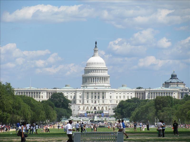 demonstratie bij Capitol (sie filmpje, grappig)