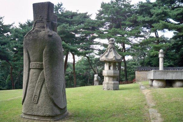 09/14 - chuseok @ seolleung park royal tombs -