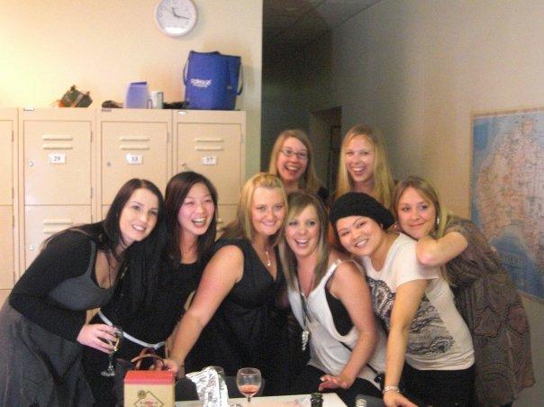 Elise, Linda, Me, Mirian, Amy, Pearl, Kathrine and Diandra