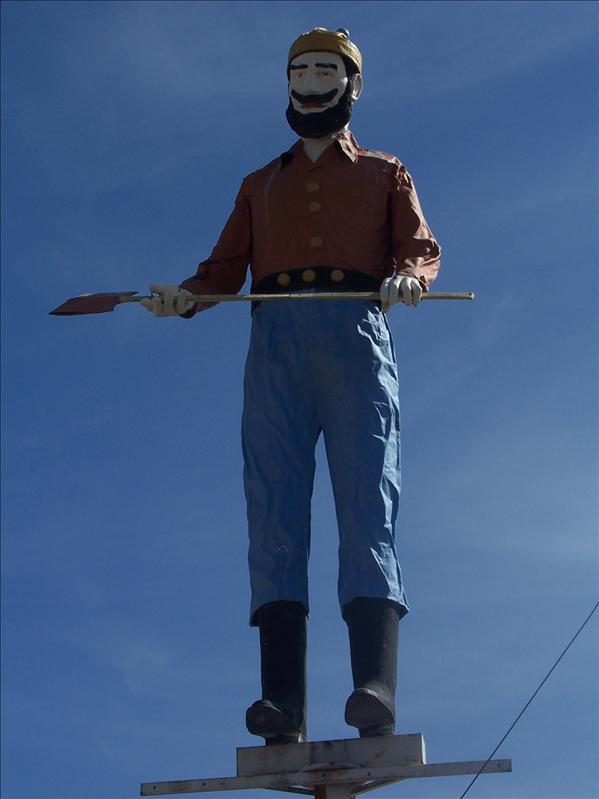 Another Muffler Man in Gallup