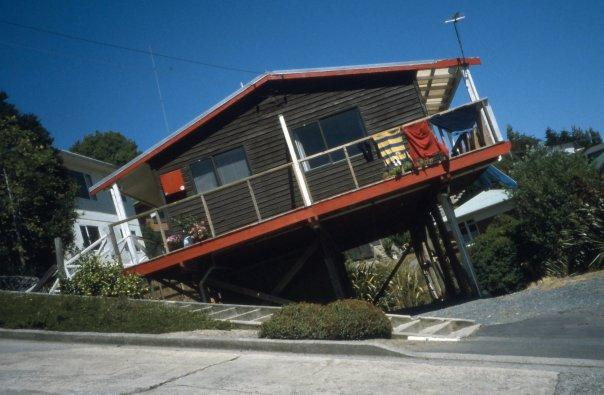 BALDWIN ST, DUNEDIN, SI - FEB 2004