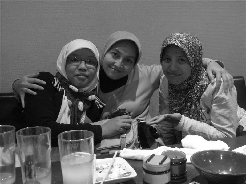 sweet girls..my bestfriends !!!