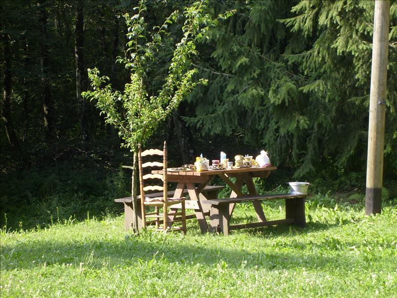 breakfast table•Magliasina•2009