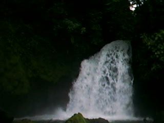 cool waterfall.AVI