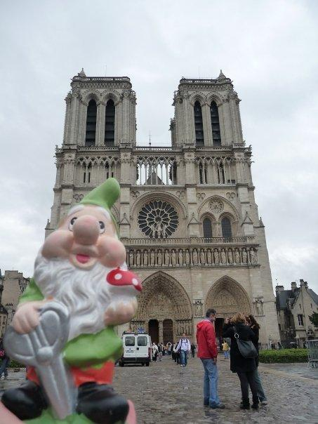 Dodging rain showers (and pigeons) at the Notre Dame