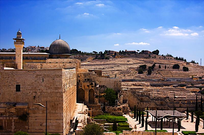 Looking at Har HaZeitim (Mount of Olives) from The Southern wall of the Temple Mount and The dome of the al-Aqsa mosque