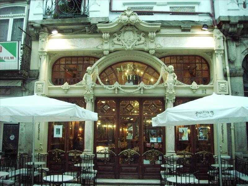 Café M;ajestic