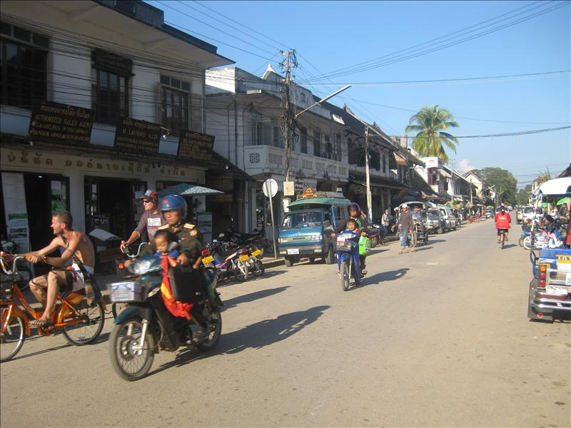 Normal street scene in Luang Prabang