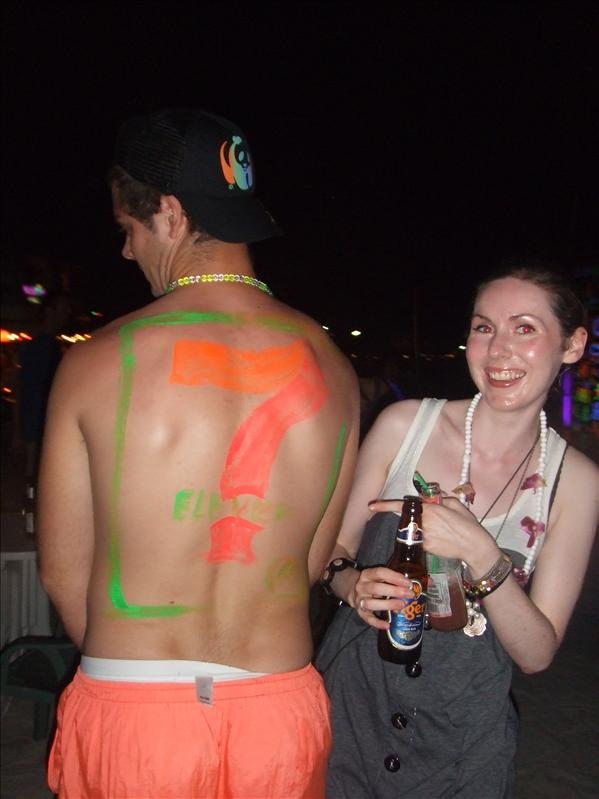 7 Eleven body paint Haad Rin