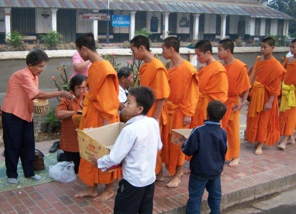 MONKS ALMS GATHERING, LUANG PRABANG