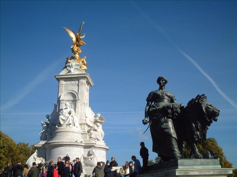 伦敦、白金汉宫