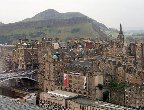EDINBURGH WAVERLEY STATION AND VIEW TO SALISBURY CRAGS AND ARTHUR'S SEAT - SEPT 2008