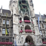 Marienplatz and clock with massive moving figurines