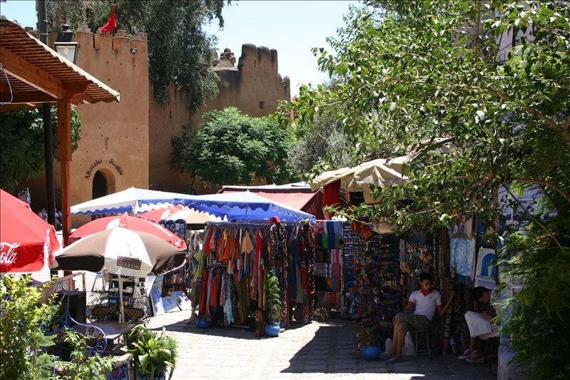 Plaza Uta al-Hammam & Kasbah