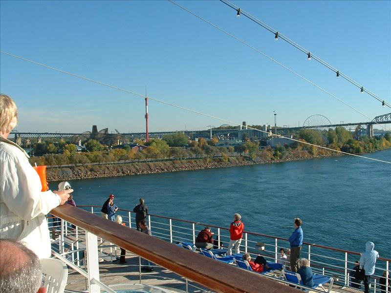 Sailing up the St. Lawrence River,from Montreal to Quebec City