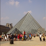 Another tour in front of the pyramid.JPG