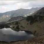 Тевно Василашко или още Типицко езеро. Облачността попречи на снимките - мястото е чудесно! В дъното - Ушиците.