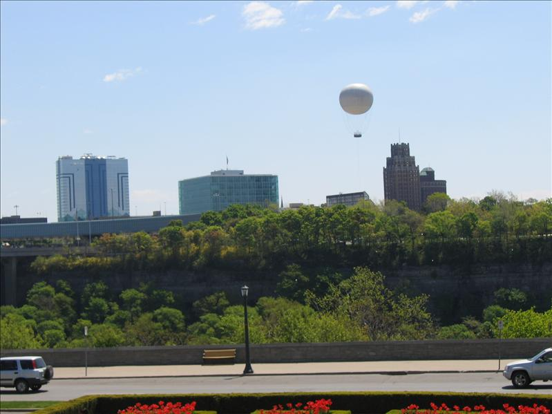 Balloon Over Niagara Falls 3