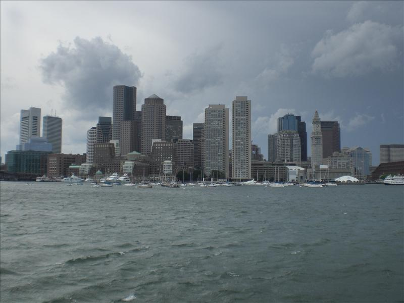 met links the custom house (met die klok) eerste wolkenkrabber van boston