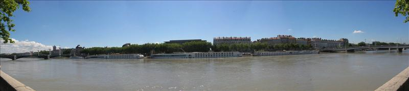 Quai de la Rhone 2.jpg