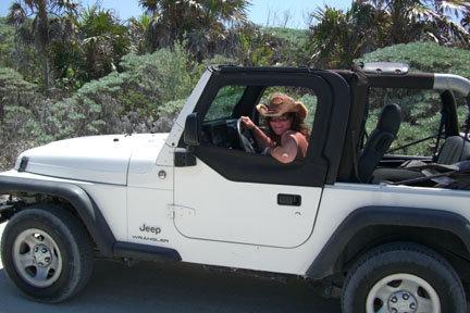 Tour de l'île (Déserte, sans blague!) de Cozumel en jeep