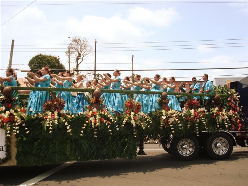 Hilo - Merrie Monarch Parade