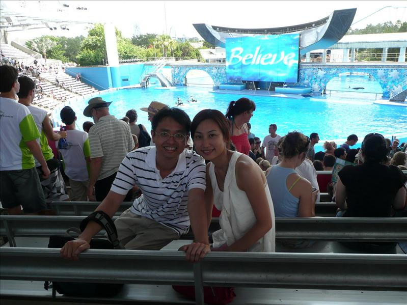 Sea World - Dolphin Show