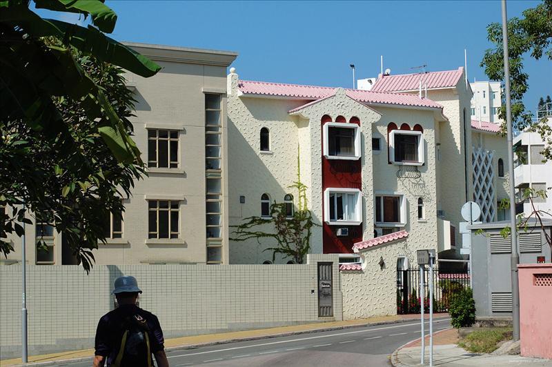 舂坎角道 Chung Hom Kok Road