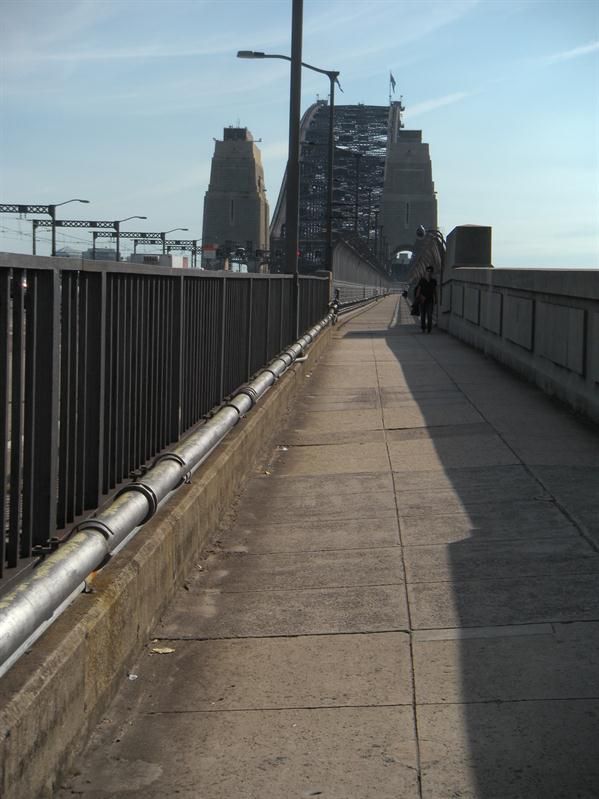 The path over the Harbour Bridge
