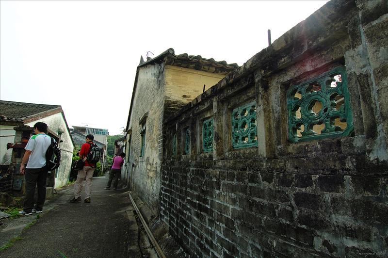 進入龍躍頭文物徑範圍Lung Yeuk Tau Heritage Trail