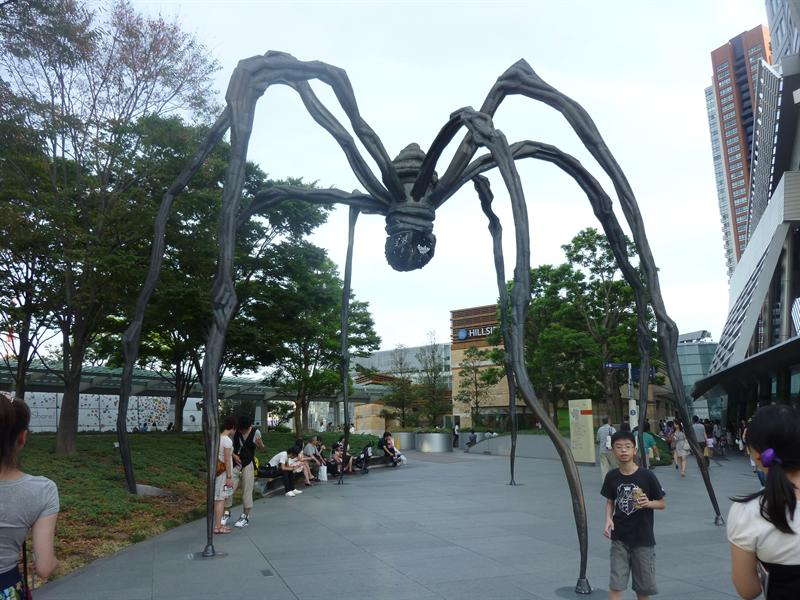 LOUISE BOURGEOIS設計的大蜘蛛