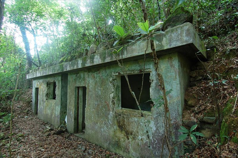 War ruins 戰時廢堡