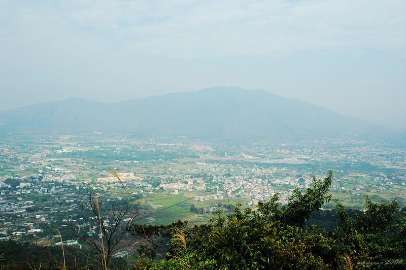 View of Pat Heung and Kai Kung Leng八鄉一帶景色 遠處為雞公嶺