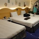 魔法房三人床